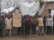 Migranti i izbjeglice na Vučjaku odbijaju hranu