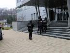 Uhićeno 11 službenika Uprave za neizravno oporezivanje
