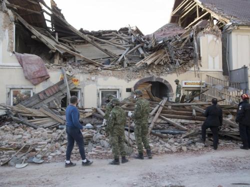 Pet žrtava potresa: Preminulo je još četvero ljudi kraj Gline!
