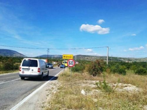 Detalji slučaja koji je potresao BiH: Roditelji bacili malu bebu u grmlje