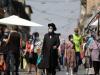 Izraelci više ne moraju nositi zaštitne maske na otvorenom