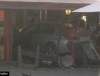 Francuska: Zabio se autom u pizzeriju, ima mrtvih i ranjenih