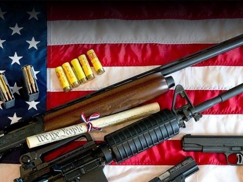 Amerikanci posjeduju 40 posto malokalibarskog oružja u svijetu