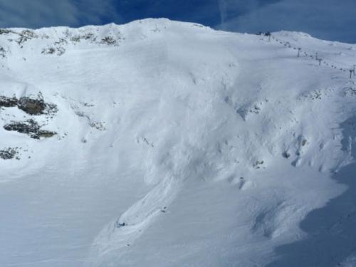 Preživio 500 metara dugačak pad niz ledenjak