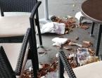 Nevrijeme u Hrvatskoj: Jak vjetar skinuo lim s krova zgrade u Zagrebu