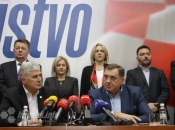 Dodik iz Mostara poručio Bošnjacima: Sredite se!
