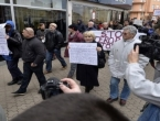 """Završen marš """"Stop teroru šatoraša"""", nekoliko uhićenih"""