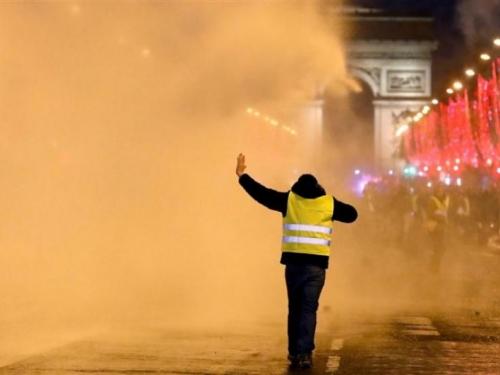 Francuski ''žuti prsluci'' mobiliziraju se za novi krug prosvjeda