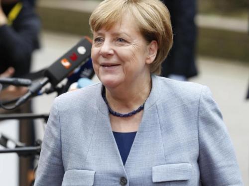 Merkel za bolju suradnju sa Francuskom