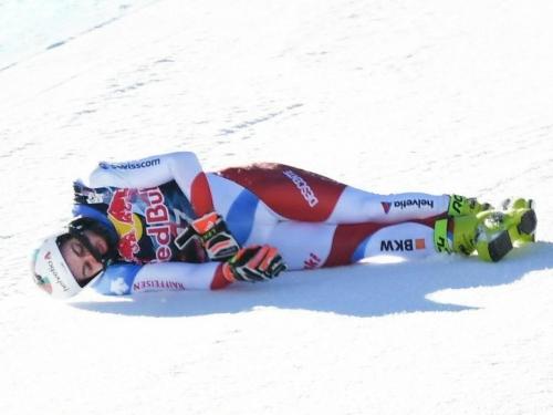 """VIDEO  Stravičan pad skijaša na """"Stazi smrti"""""""