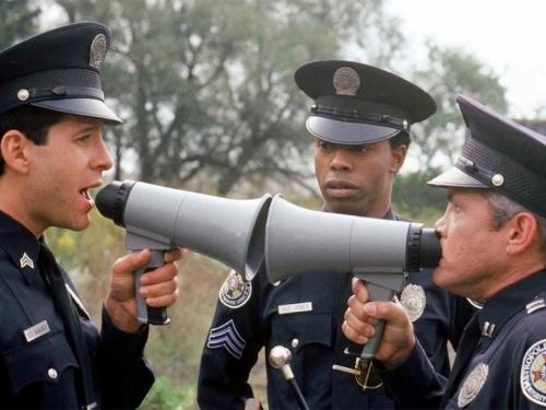 I ovo je BiH: Policajac kažnjen zbog nepropisnog parkiranja
