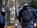 Krvavi obiteljski obračun u Parizu: 'Rođak je napao obitelj čekićem i nožem'