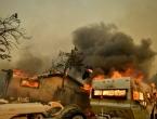 Požari poharali sjevernu Kaliforniju, vatra guta sve pred sobom