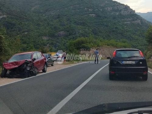 Jablanica - Mostar: Sudar tri automobila, stvorile se kilometarske kolone