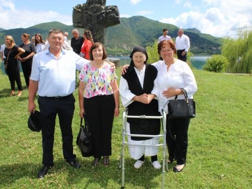 FOTO/VIDEO: Susret obitelji i potomaka Pavlović u Rami