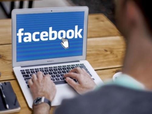 Facebook najavio veliki redizajn koji donosi i dark mode