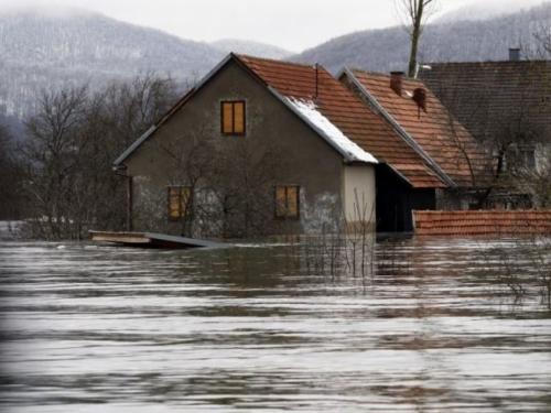 BiH prijete poplave zbog topljenja snijega i kišnih oluja