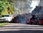VIDEO: Pogledajte kako vulkanska lava 'guta' automobil