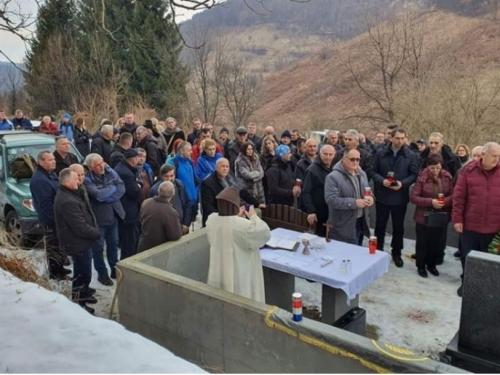 Obilježena 27. obljetnica stradanja Hrvata u mjestu Dusina