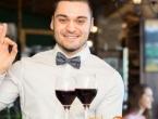 """Školovani konobari bježe u inozemstvo: """"Radimo dupli posao za 400 KM"""""""