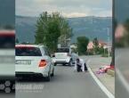 Posušje: Barjaktar ispao iz automobila u svadbenoj povorci