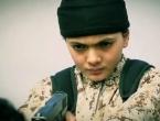 Prepoznali svoga kolegu, dječaka koji ubija zatočenika Islamske države