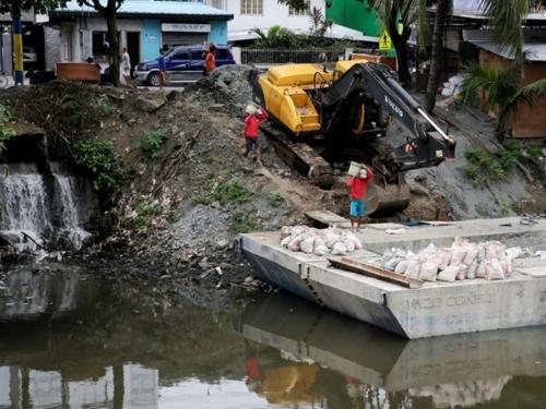 VIDEO: Tropska oluja poharala Filipine
