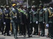 Mugabe nastavlja pregovore s vojskom, njegova stranka vjerojatno će ga smijeniti