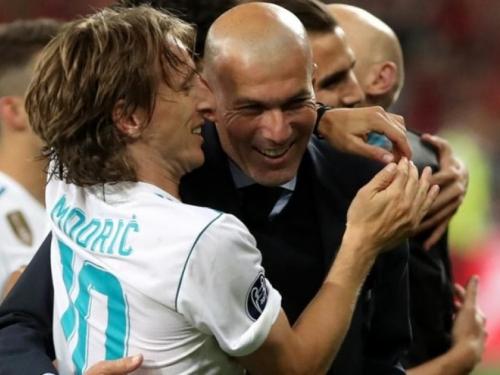Zidane odlučio, Modrić i sljedeće sezone predvodi Real
