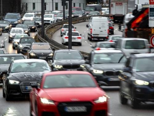 Potražnja za automobilima u Europskoj uniji snažno pala u kolovozu