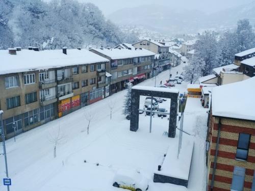 U Prozoru Rami napadalo 25 cm novog snijega