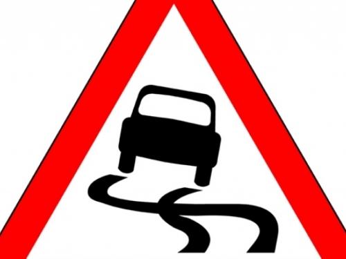 Vozači oprez: Kolnici su mokri i skliski