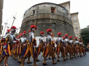 Vatikan u crvenom