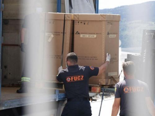 Ne znamo ni kakvi su prvi: Stiže još 50 arapskih respiratora u BiH