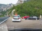 Auto sletio s ceste na putu Jablanica - Mostar