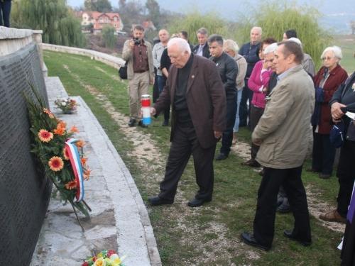 FOTO: Članovi Hrvatskog žrtvoslovnog društva posjetili Ramu