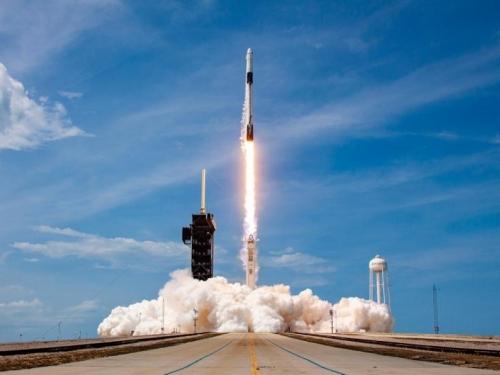 NASA s Elonom Muskom šalje prve astronaute na Mjesec od 1972.