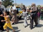 Velika Britanija će primiti 20.000 Afganistanaca, prioritet su žene i djeca