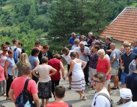 FOTO: Vanjska proslava patrona župe Solakova Kula