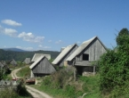 Planinica kod Bugojna, selo s četiri stalna stanovnika