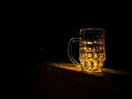 Industrija skriva povezanost raka i alkohola