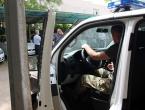 Upali sa kalašnjikovima u Konzum u Mostaru