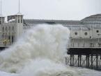 Olujni vjetrovi zahvatili Europu, udari negdje i do 150 km na sat