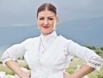 Lidija Sarić iz Vojvodine najljepša Hrvatica u narodnoj nošnji izvan RH