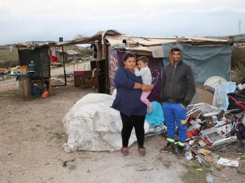 Život na Paklinama: ''Pomozite nam pronaći dom!''