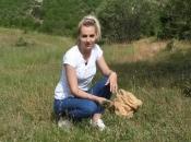 Samohrana majka djecu školuje prodajući ljekovito bilje