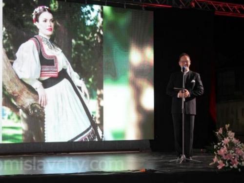 Ivana Glavić najljepša Hrvatica u narodnoj nošnji