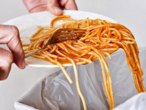 Amerikanci dnevno bacaju 150.000 tona hrane