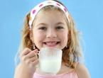 Je li zdravo da djeca piju kravlje mlijeko? Ovo biste trebali znati