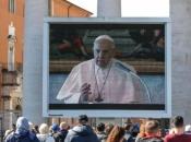 Papa: Karantena je šansa za ponovno otkrivanje obiteljskog života